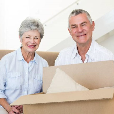 Essential Moving Tips to Help Seniors Move
