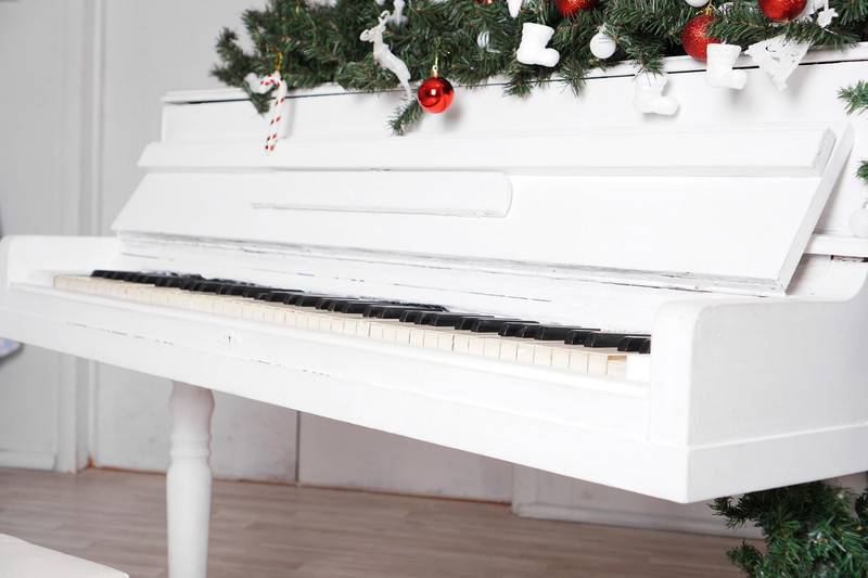 How Much Does It Cost to Move a Piano Locally