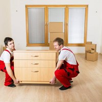 6 Advantages of Hiring Local Movers near You